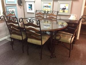 Wood table with 6 chairs and glass top (1)